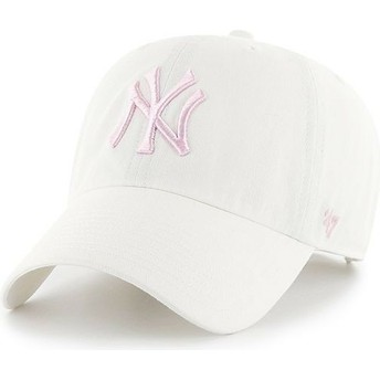 47 Brand Curved Brim Pinkes Logo New York Yankees MLB Clean Up Cap weiß