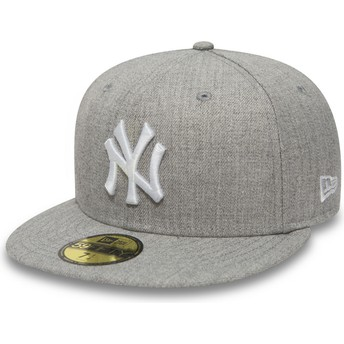 New Era Flat Brim 59FIFTY Essential New York Yankees MLB Fitted Cap grau