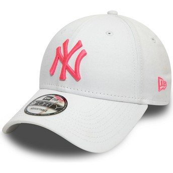 New Era Curved Brim Pink Logo 9FORTY League Essential Neon New York Yankees MLB White Adjustable Cap