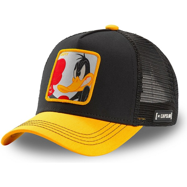 capslab-daffy-duck-loo-duk-looney-tunes-black-and-yellow-trucker-hat