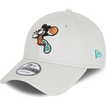New Era Curved Brim 9FORTY Character Sports Mickey Mouse Basketball Disney White Adjustable Cap