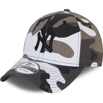 New Era Curved Brim Black Logo 9FORTY New York Yankees MLB Camouflage and Black Adjustable Cap