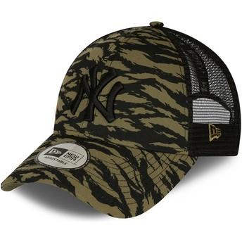 New Era Black Logo 9FORTY Tiger Print New York Yankees MLB Green Trucker Hat
